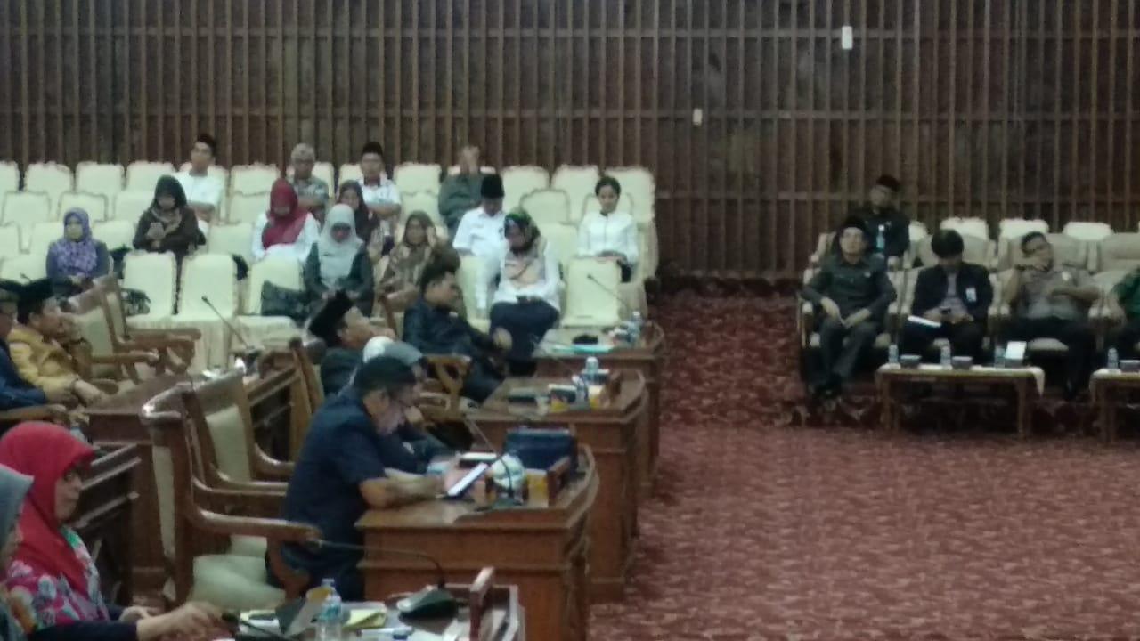 Photo of DPRD Provinsi Bengkulu Gelar Paripurna, 3 Perubahan Raperda Disepakati Untuk Disahkan