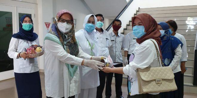 Photo of Alhamdulillah, Pasien Terakhir di RS Harapan dan Doa (RSHD) yang Positif Covid-19 Sudah Sembuh