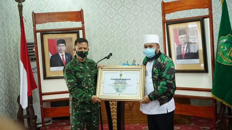 Photo of Danrem Angkat Walikota Jadi Warga Kehormatan Korem 041/Gamas Bengkulu