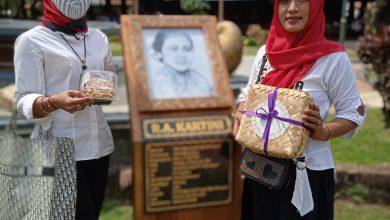 Photo of Bupati Jepara Dian Kristiandi Membuka Pengukuhan Pengurus UKM Kartini Mandiri