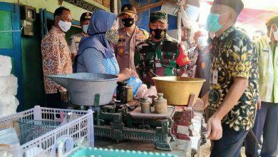 Photo of Dandim Jepara Bersama Forkopimda Monitoring Ketersediaan Stok dan Harga Kebutuhan Pokok.
