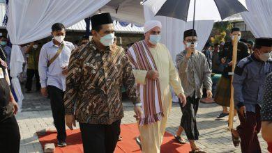 Photo of Taj Yasin Maimoen Harapkan PP Tahfidzul Qur'an Raudlotut Tamyiz Tak Hanya Ajarkan Hafal Quran