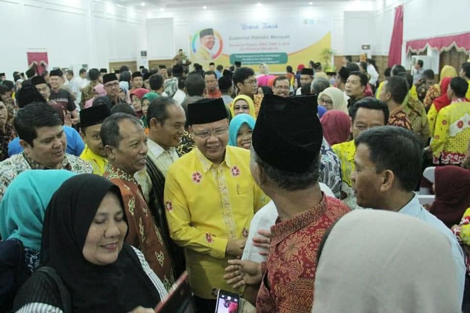 Photo of Usai GTT dan PTT, Kini Gubernur Rohidin Perjuangankan Kesejahteraan Kepsek Beserta Perangkatnya