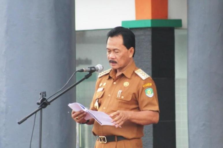 Photo of Bupati Ferry Ramli: Sebagai Abdi Negara,Mari Kita Harumkan Nama Kabupaten Bengkulu Tengah